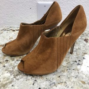 Euc Guess Open Toe Booties  size 9